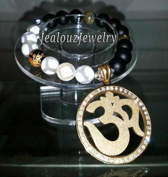 """Gold Stainless Steel Om Medallion White Agate Matte Black Gemstone 7"""" Beaded Stretch Charm Bracelet"""