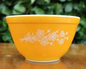 "Pyrex ""Butterfly Gold"" Mixing Bowl"