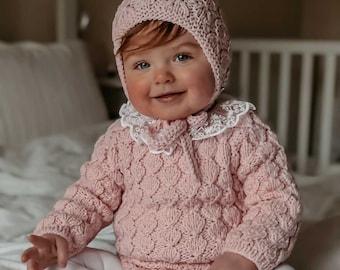 18-24 monnths - Set of 2 - Baby girl - Toddler girl - Toddler bonnet - Sitter romper - Baby girl set - Romper and bonnet - Peach pink colour