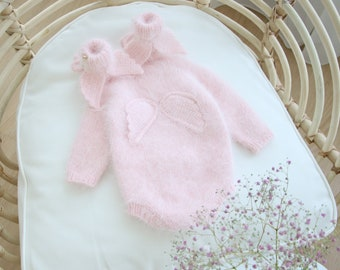0-3 months - Set of 2  - Baby props - Angel romper and booties  - Baby photo prop - Angel romper - Baby girl props - Angel romper - Booties