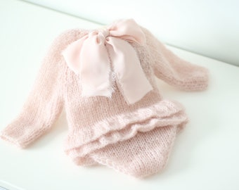 Newborn props - Long sleeve romper - Baby girl props - Photo props - Newborn girl - Baby photo prop - Newborn baby photo - Dusty pink - Girl