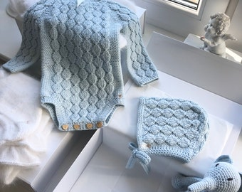 Sitter  baby set - Baby boy - Toddler boy - Toddler bonnet - Sitter romper - Baby boy set - Romper and bonnet - Pale blue - Baby crochet toy