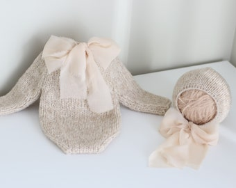 Newborn set - Baby set - Photo props - Newborn set - Props - Newborn hat - Newborn shorts - Newborn set - Romper and bonnet - Beige - Unisex