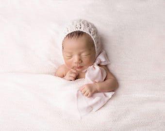 Newborn props - Newborn girl romper - Baby girl props - Photo props - Newborn girl - Baby photo prop - Newborn baby photo - Soft pink - Girl
