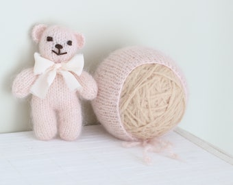 Newborn bear - Newborn props - Photo prop bear - Newborn set - Photo prop girl - Newborn beat hat - photography prop - Pale pink - Baby girl