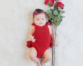 3-6 months props- Newborn romper - Baby girl props - Photo props - Newborn Christmas - Christmas day props - Newborn baby photo - Red Props