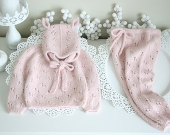 9-12 months - Set of 3 - Baby girl - Toddler girl - Toddler pants - Sitter sweater- Baby girl set - Sweater and pants - Pale pink - Elf hat