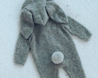 Bunny outfit - Easter outfit - Baby girl bunny - Baby boy bunny outfit - Easter bunny - Bunny romper - Grey - Long legs romper