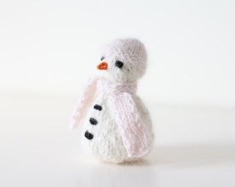 Newborn snowman - Newborn props - Newborn girl - Photo prop - Snowman toy - Photography prop - Baby girl props - Newborn girl - Pale pink