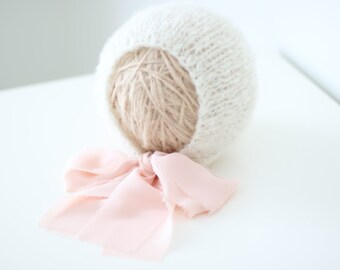 3-6 months girl hat - Photo prop hat - Sitter props - Baby girl hat - Photo props - Girl hat - Photography prop - 3-6  months props - Cream