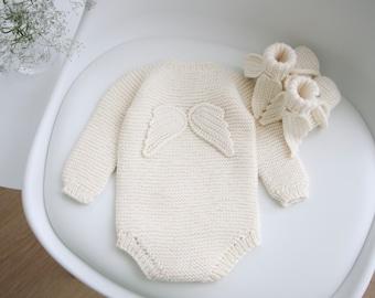 Set of 2  - Long sleeve romper and booties - Baby girl prop - Angel romper - Baby photo prop - Baby girl - Baby romper - Merino - Cream