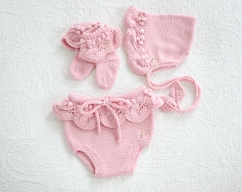 Set of 3 - Baby girl bloomers - Summer set - Bloomers, bonnet and socks set - Pink baby outfit - Summer outfit - Baby girl
