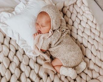 Newborn set - Baby boy - Photo props - Newborn boy - Props - Newborn bonnet - Newborn romper - Newborn set - Romper and bonnet - Beige - Boy