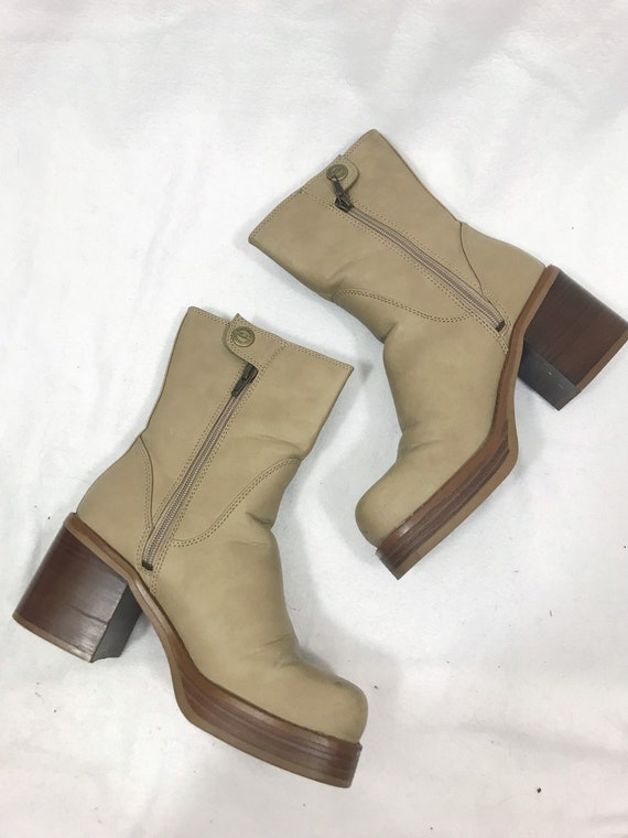 1990s Vintage Leather Platform Ankle Boots - image 3