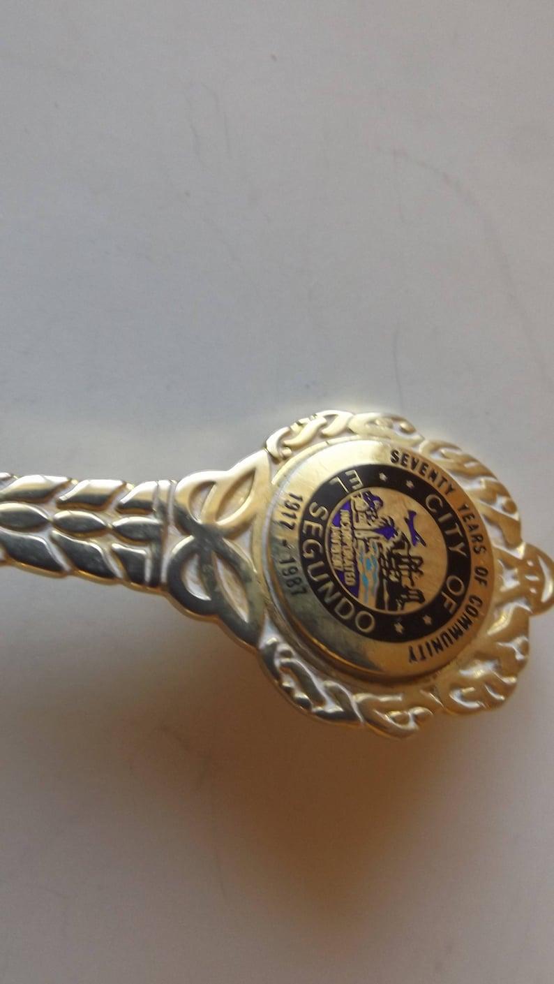 Collectible Souvenir Spoon City of El Segundo Goldtone  4 12  SP-324