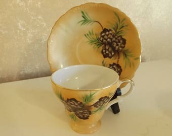 Vintage China Footed Tea Cup & Saucer Set Pinecone Design CL11-13