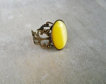 Yellow oval filigree adjustable ring, 18mm x 13mm Yellow ring, filigree ring, antique brass adjustable ring, Yellow jewelry,