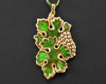 Grape necklace, Green wine charm, Leaf pendant, Grape cluster, Vineyard art nouveau, Fruit miniature, Green glass enamel, Inspired by nature