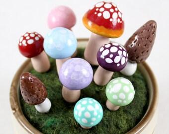 Fairy Garden Terrarium Mushroom Pack (Set of 5, 10, 15) - Polymer Clay Mushrooms - Fairy Garden Accessory - Terrarium Decor - Fairy Circle