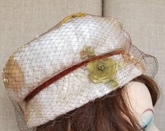 "Vintage Women's Off White ""Jordan Marsh""Chiffon Under Veil Hat"