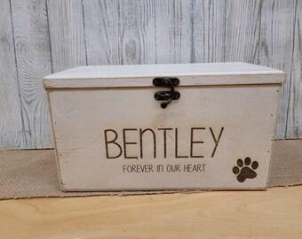 Pet Memory Box - Pet Keepsake Box - Pet Memorial Pet Urn -Personalized Pet Urn - Pet Memory Chest