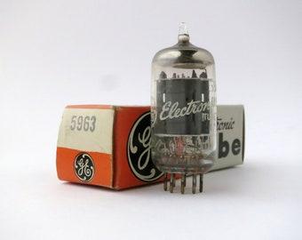 GE 1DK1 VINTAGE ELECTRON VACUUM TUBE