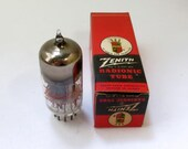 Zenith 5AM8 vacuum tube - quot Zenith the Royalty of Radio and Television quot - original box - new old stock