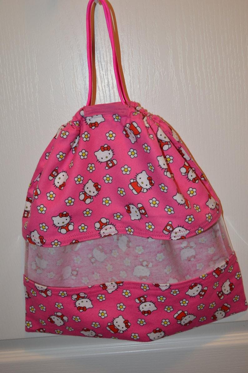 Hello Kitty Hanging Peek-A-Boo Bag