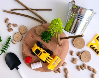 Construction Play Dough Kit | Playdough Kit | Sensory Kit | Construction Toy | Busy Box | Boys Toy | Open Ended Toy