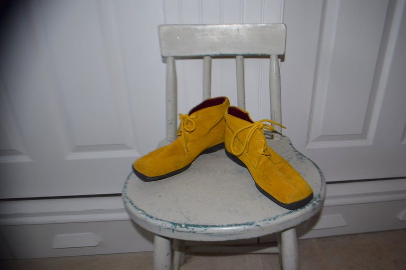 Mustard Yellow Suede /'Aerosoles/' Suede Lace Up Ankle Boots Women/'s 7  Euro 5