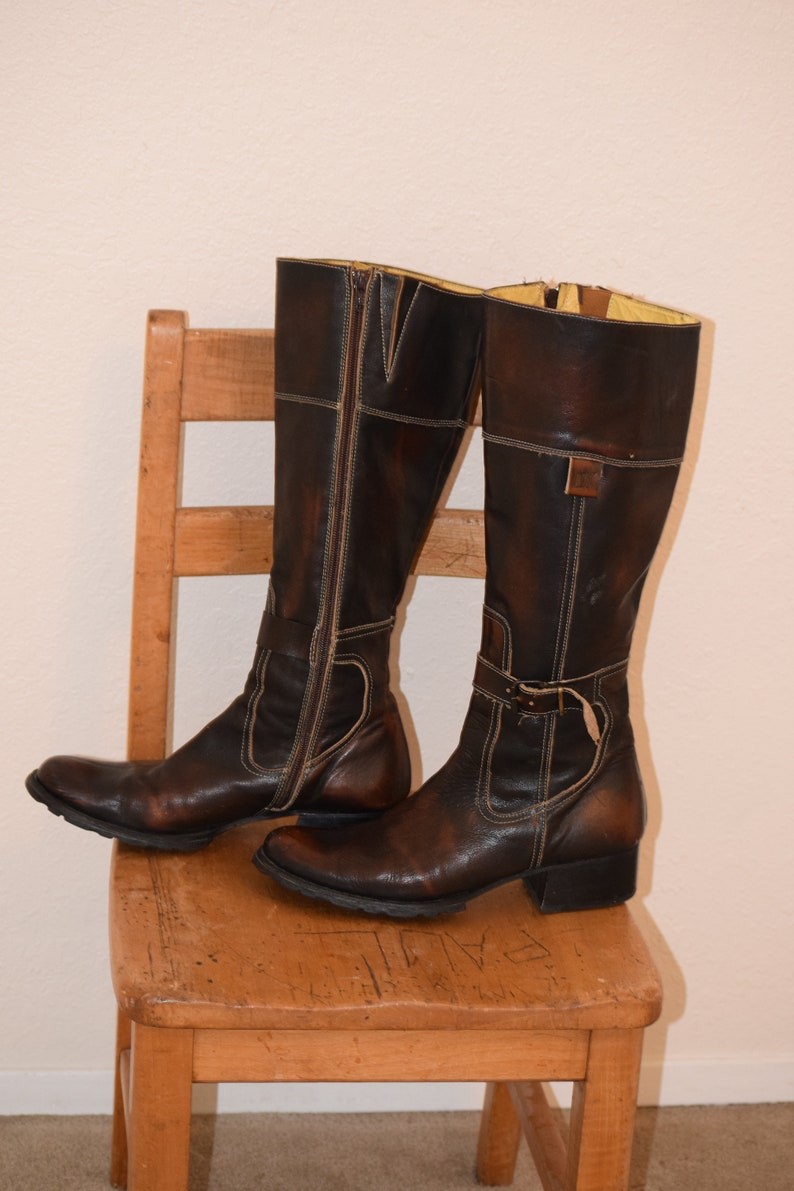 a51d52cd97cc9 Dark Brown Leather 'Destroy' Knee Hi Side Zip Equestrian Style / Made in  Spain Boots - Women's 8 / Euro 37