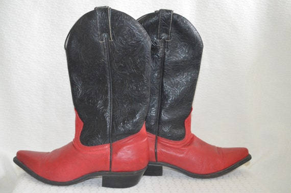 Red and Black 'Boulet' Cowgirl Boots / Western Boo
