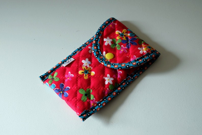 Phonecase  pouch  pencil case  quilted printed red flowers image 0