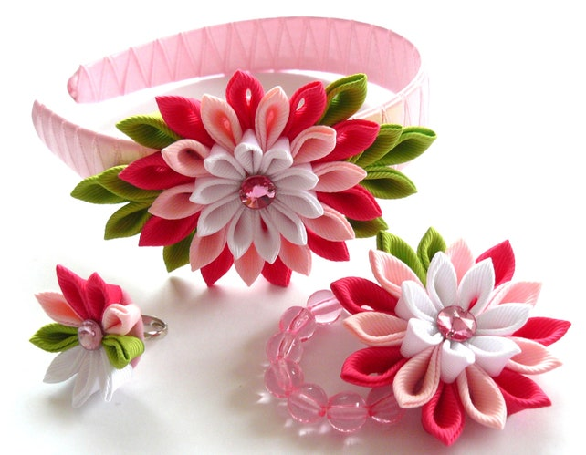Kanzashi fabric flowers set of 3 pieces shocking pink etsy image 0 mightylinksfo