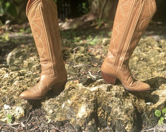 c2533fed87ea Vintage Dan Post ladies tall cowboy boots size 5