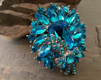 Large Blue Rhinestone Flatback Embellishment or Brooch Pin Aqua Brooch Large Rhinestone Blue Crystal Broach DIY Wedding Brooch Bouquet SBL1