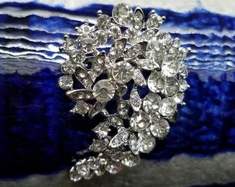 58 mm Rhinestone Embellishment Silver Tone Brooch Flat Back Clear Crystal Broach Pin Silver Yin Yang Rhinestone Brooch Bouquet Supply SC24