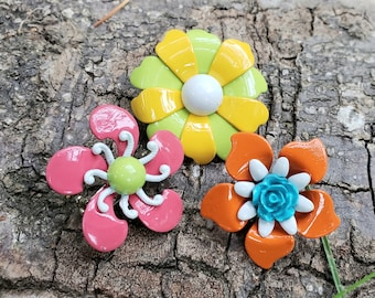 60s Pin Flower Brooch Bright Color Pink Green Stem Leaves MOD