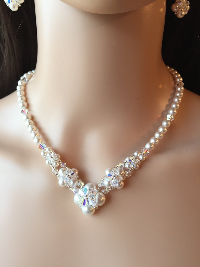7bd457602b6ddb WHITE Swarovski Pearl And Crystal NECKLACE   EARRINGS Set