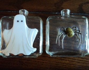 Ghost and spider jars