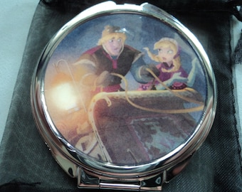 Frozen Kristoff Anna and Sven Disney 2 sided mirror purse compact