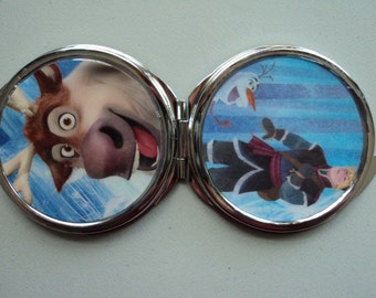 Frozen Kristoff and Sven Disney 2 sided mirror purse compact