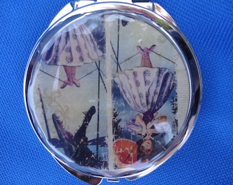 Haunted Mansion Disney inspired stretching portrait mirror makeup compact  2 sided parasol girl quicksand men