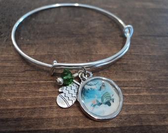 Anna falling bangle charm bracelet