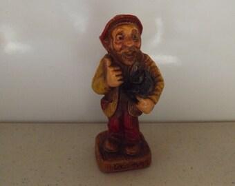 Multi Prod 1952 Tramp Chalkware Figure