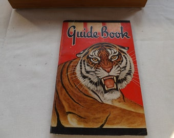 Chicago Zoological Guide Book 1942