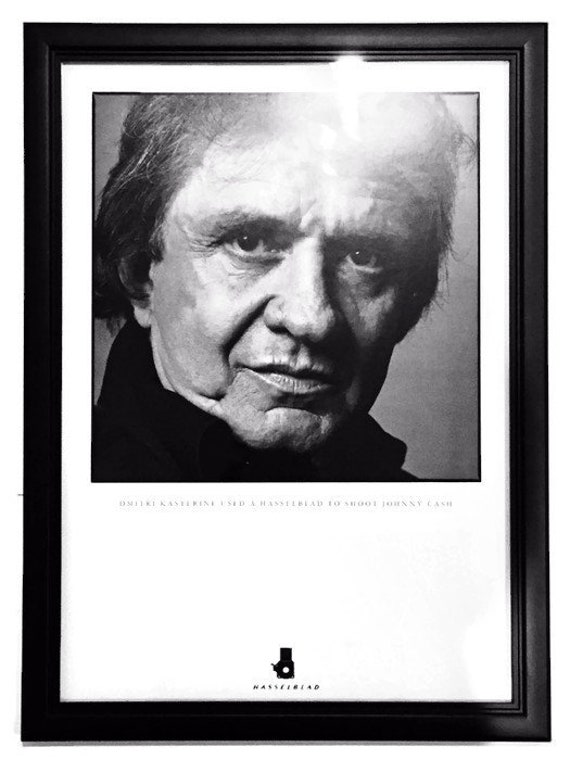 Vintage Johnny Cash Portrait Framed Print Hasselblad Camera | Etsy