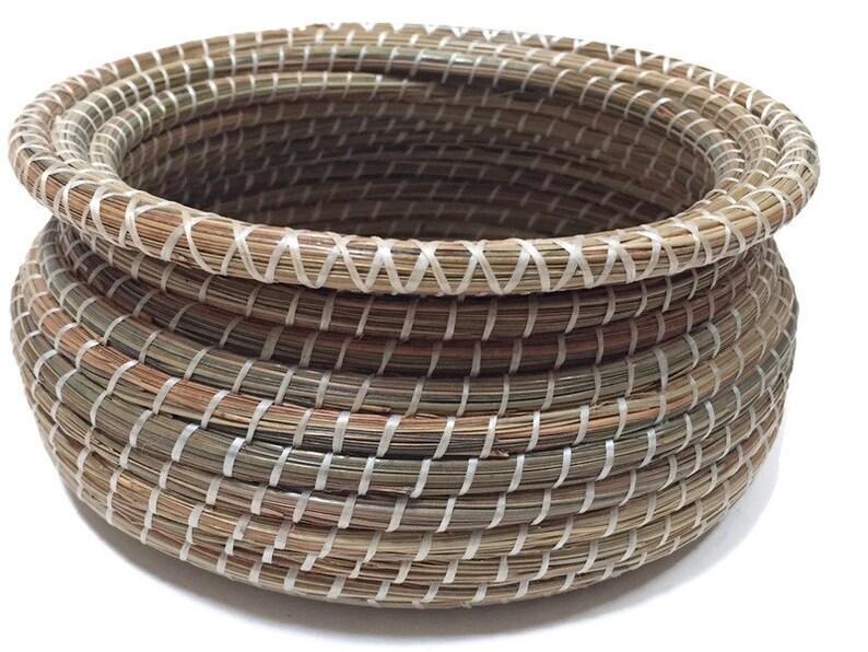 Pine Needle Basket Handmade Bowl Oyster Center Nautical Decor Chesapeake Bay Beach House Basket