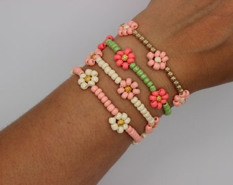 ONE Daisy Flower Seed Bead Spring Summer Bracelet