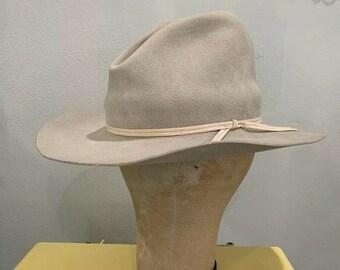 c1dfc2f8 MULE EAR Western Hat 7 1/8 Silver Belly GUS 50s 60s Rancher Cowboy Hat Dirt  Dusty Distressed Vintage Buckaroo Work Farm Rodeo